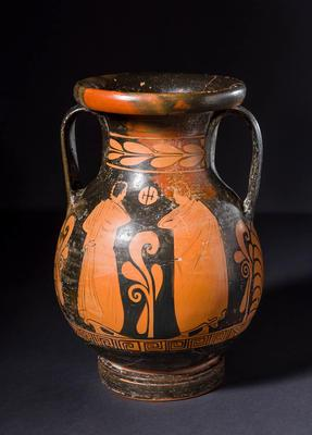 Pelike (table amphora), attributed to The Varrese Painter