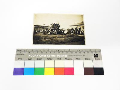 Collection item of R6763 CH classification PHOTOGRAPHS Machines