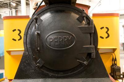 Narrow Gauge Steam Locomotive - Perry Engineering