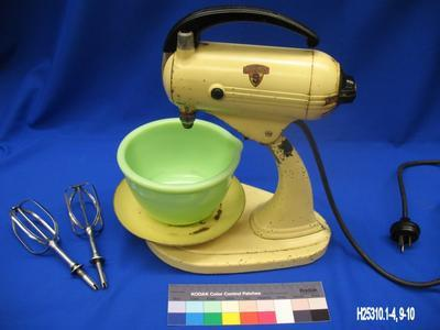 Sunbeam Mixmaster with Accessories