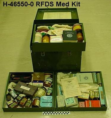 Flying Doctor Service Medical Chest, Contents
