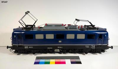 Model - Deutsche Bundesbahn E 10 Electric Locomotive