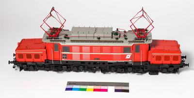 Model - Austrian Federal Railways 1020 Class Electric Locomotive