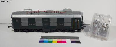 Model - SBB Re 4/4 Electric Locomotive; 1991; R7242