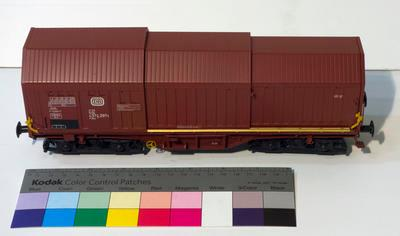 Model - Deutsche Bundesbahn Telescopic Hood Wagon
